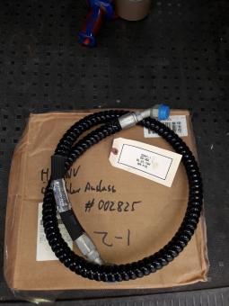 Ölkühlerschlauch unten HMMWV M998 US ARMY
