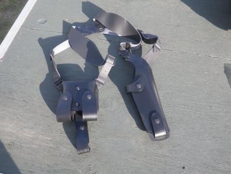 Schulterholster Beretta M9, Colt1911, SIG SAUER P220/226Ig